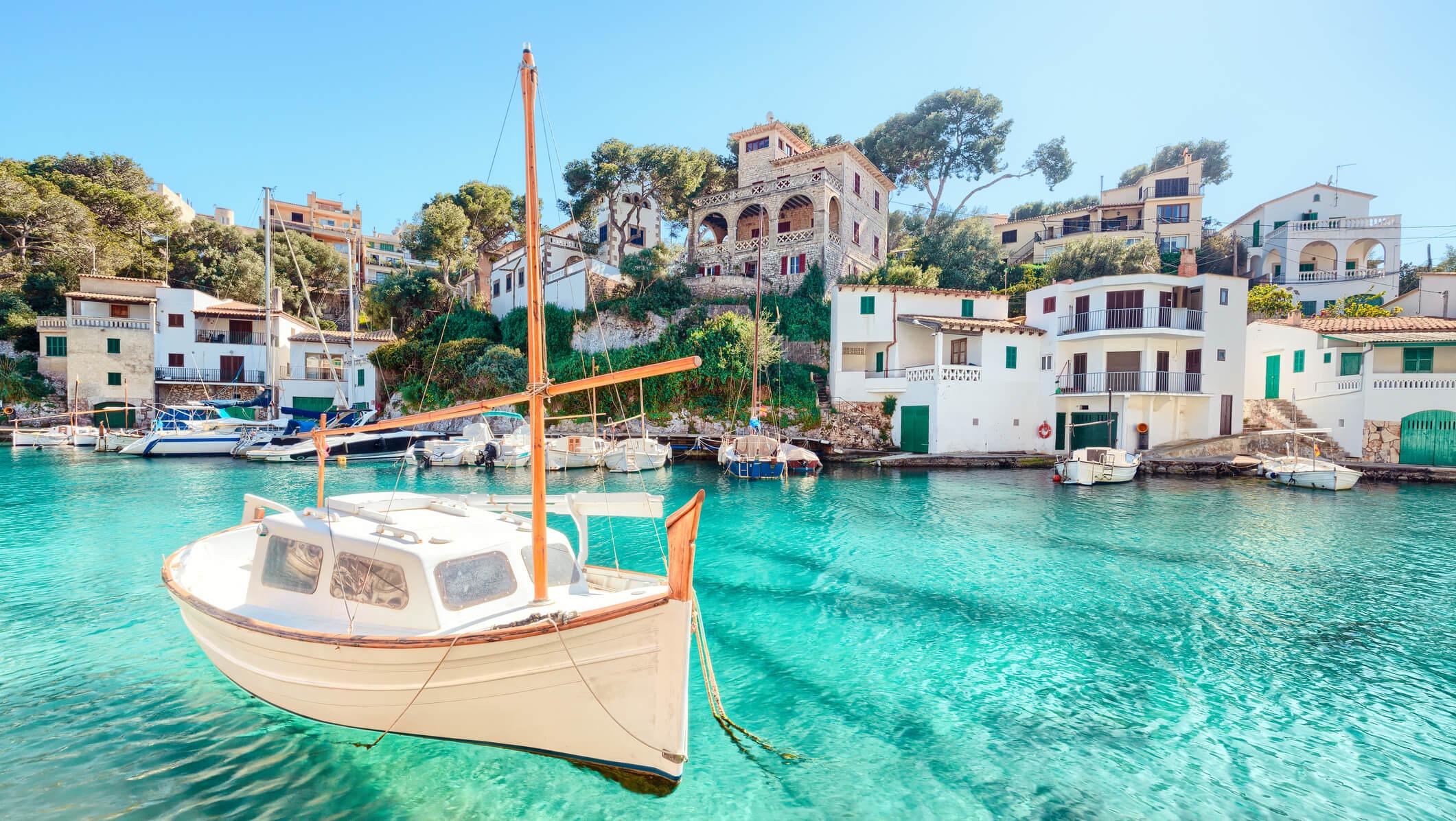Picturesque villages in Mallorca - Cala Figuera